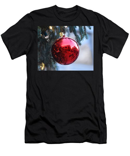 Faneuil Hall Christmas Tree Ornament Men's T-Shirt (Athletic Fit)