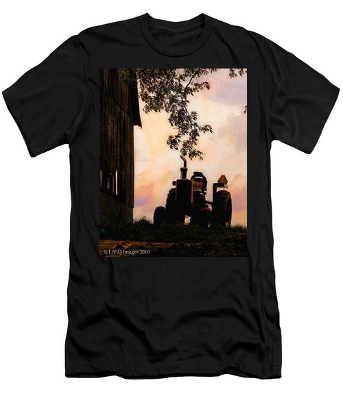 Farmers Sunset Men's T-Shirt (Athletic Fit)