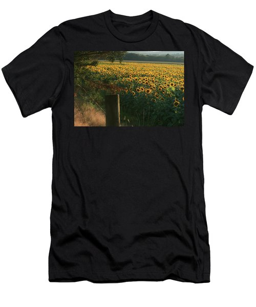 Field Dreams No.2 Men's T-Shirt (Slim Fit)