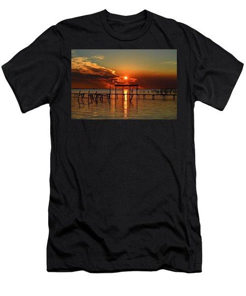 Fiery Sunset Colors Over Santa Rosa Sound Men's T-Shirt (Athletic Fit)