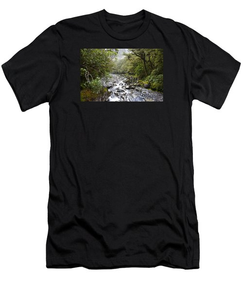 Fiordland National Park New Zealand Men's T-Shirt (Athletic Fit)