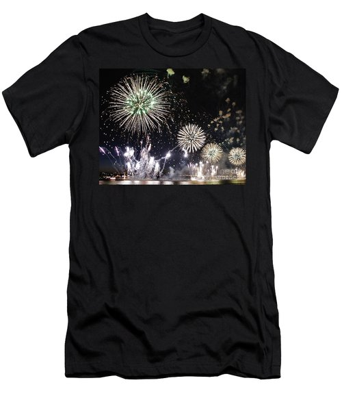 Men's T-Shirt (Slim Fit) featuring the photograph Fireworks Over The Hudson River by Lilliana Mendez