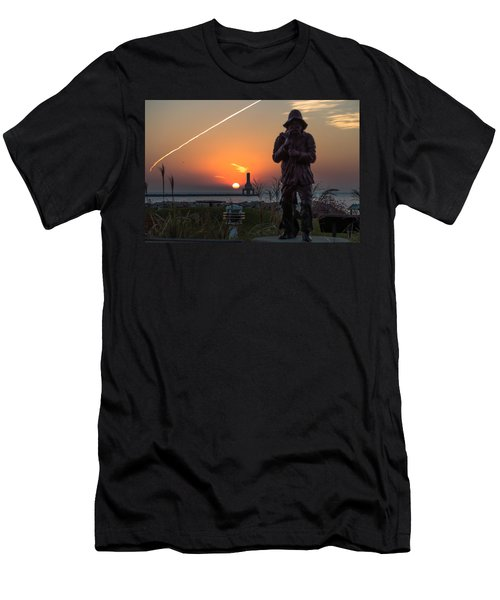 Fisherman Sunrise Men's T-Shirt (Athletic Fit)