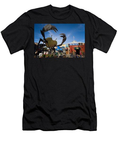 Fishermans Wharf Crab Men's T-Shirt (Athletic Fit)