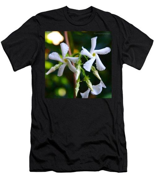 Flowering White Jasmine Men's T-Shirt (Athletic Fit)