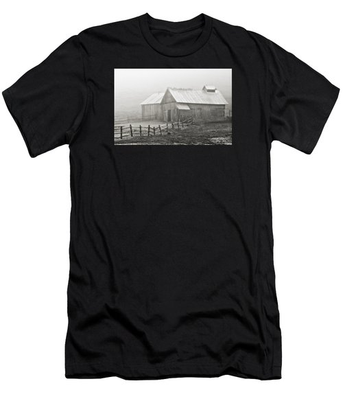 Foggy Barn Men's T-Shirt (Athletic Fit)