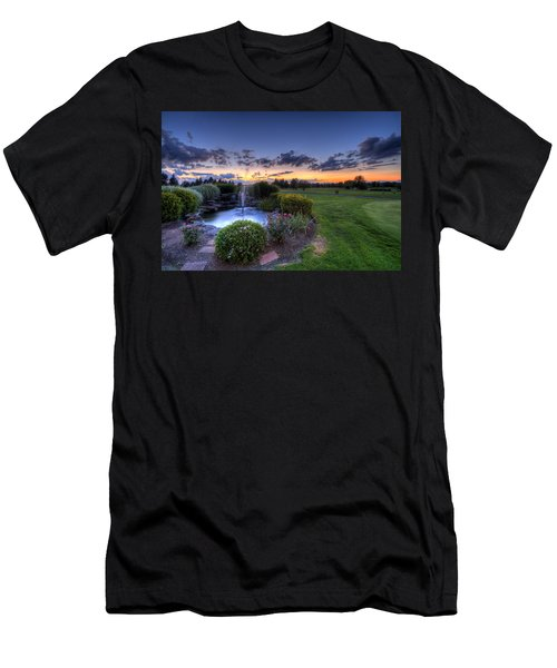 Salem Ohio Golf Men's T-Shirt (Athletic Fit)