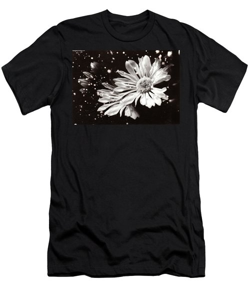 Fractured Daisy Men's T-Shirt (Athletic Fit)