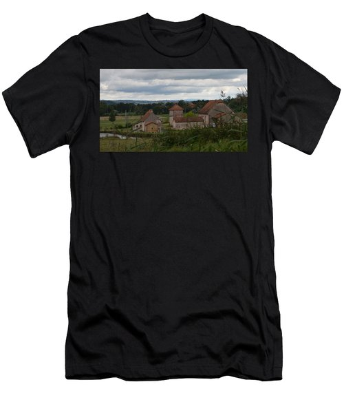 French Farm House Men's T-Shirt (Athletic Fit)