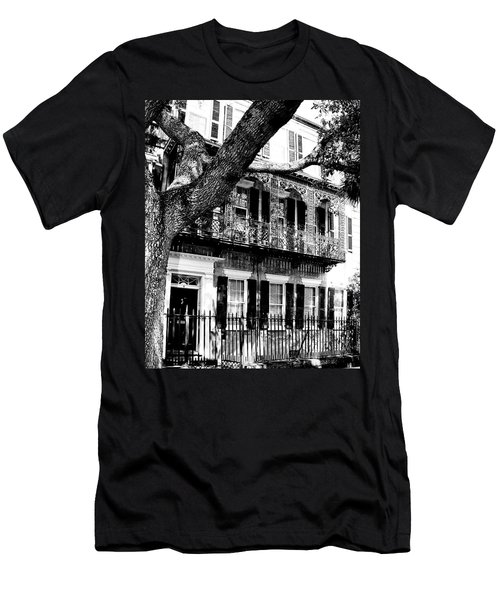French Quarter Charleston Sc Men's T-Shirt (Athletic Fit)
