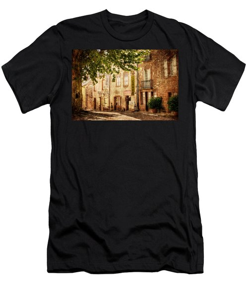 French Village Street / Meyssac Men's T-Shirt (Athletic Fit)