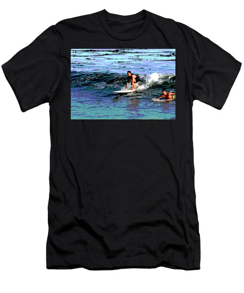 Friends Sharing A Wave Men's T-Shirt (Athletic Fit)