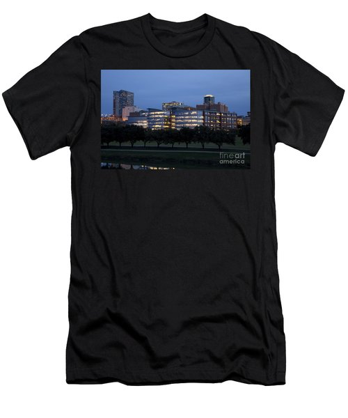 Ft. Worth Texas Skyline Men's T-Shirt (Athletic Fit)