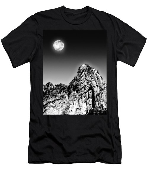 Full Moon Over The Suicide Rock Men's T-Shirt (Athletic Fit)