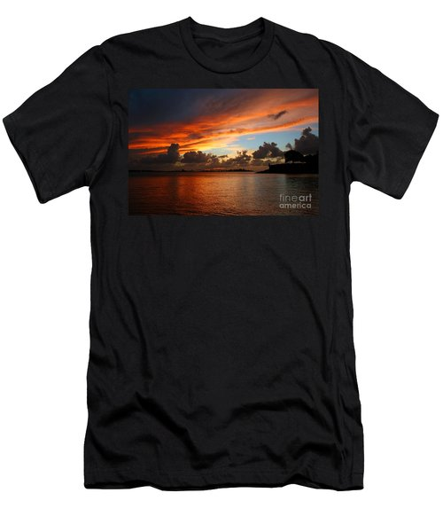 Garita En Atardecer Men's T-Shirt (Athletic Fit)