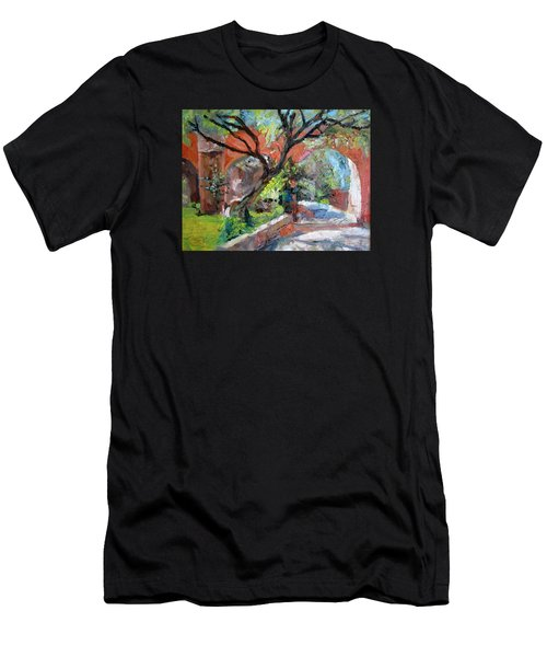 Gate Men's T-Shirt (Athletic Fit)