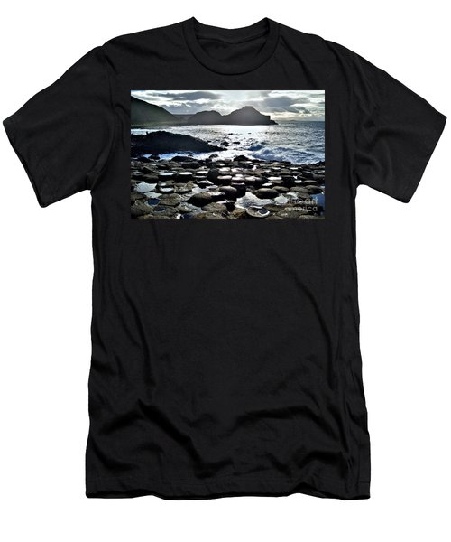 Giant's Causeway Sunset Men's T-Shirt (Athletic Fit)