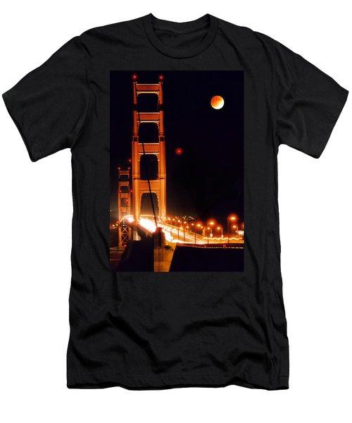 Golden Gate Night Men's T-Shirt (Athletic Fit)