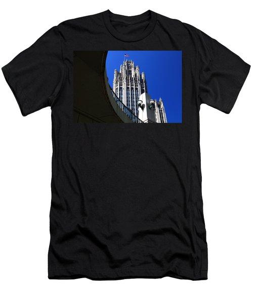 Gothic Tribune Tower Curve Men's T-Shirt (Athletic Fit)