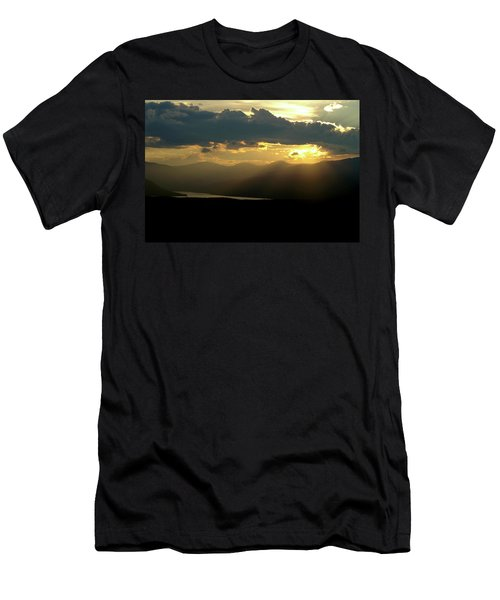Men's T-Shirt (Slim Fit) featuring the photograph Great Divide Light by Jeremy Rhoades