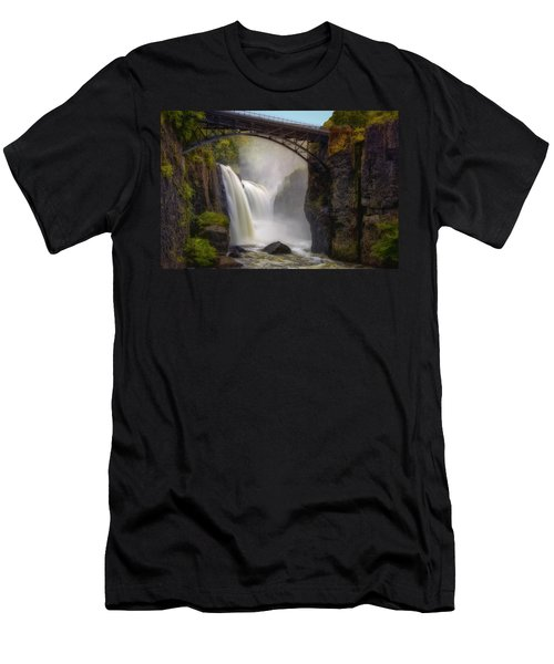 Great Falls Mist Men's T-Shirt (Athletic Fit)
