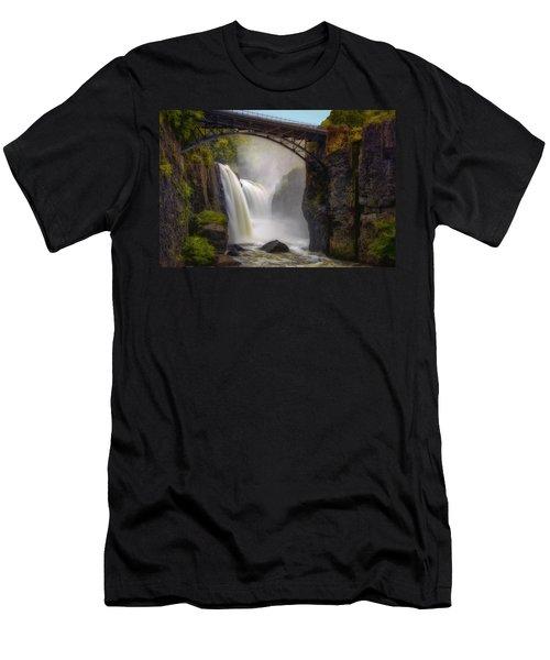 Great Falls Mist Men's T-Shirt (Athletic Fit)