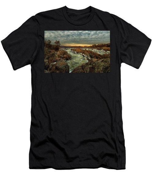 Great Falls Virginia Winter 2014 Men's T-Shirt (Athletic Fit)