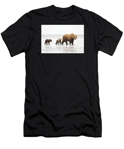 Grizzly Bear Mother And Cubs Lake Clark Men's T-Shirt (Athletic Fit)