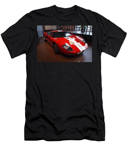 G T Men's T-Shirt (Athletic Fit)