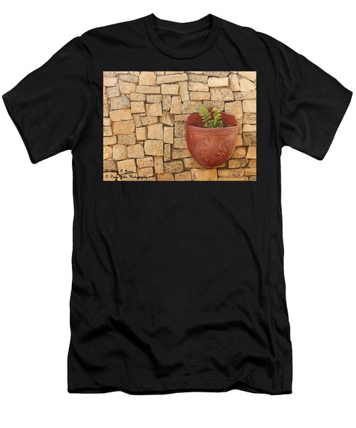 Hanging In There Men's T-Shirt (Athletic Fit)