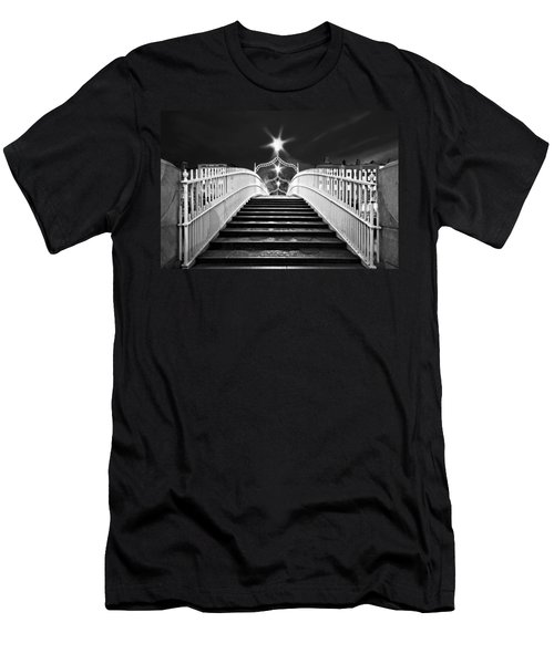Ha'penny Bridge Steps - Dublin - Black And White Men's T-Shirt (Athletic Fit)