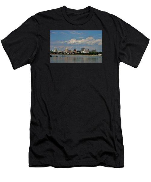 Harrisburg Skyline Men's T-Shirt (Athletic Fit)