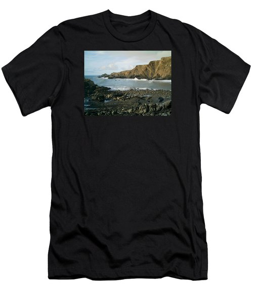 North Devon - Hartland Quay Men's T-Shirt (Athletic Fit)