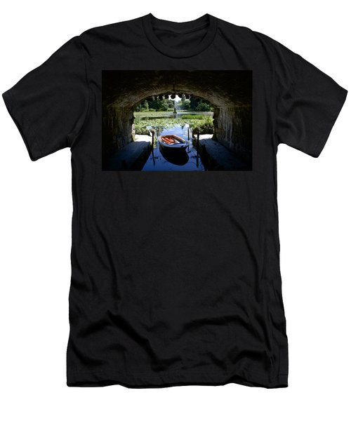 Hidden Boat Men's T-Shirt (Athletic Fit)