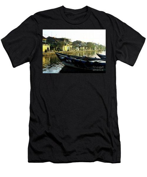 Hoi An Dawn 02 Men's T-Shirt (Athletic Fit)