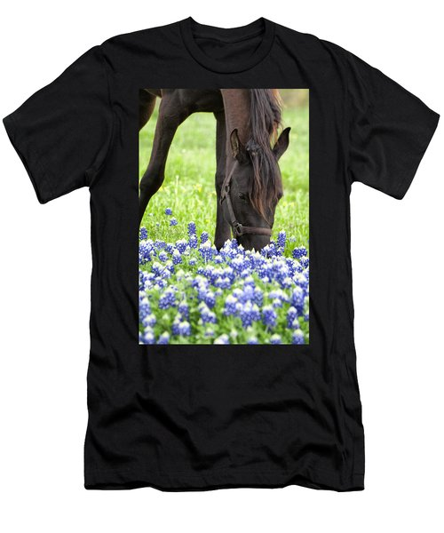 Horse With Bluebonnets Men's T-Shirt (Slim Fit)