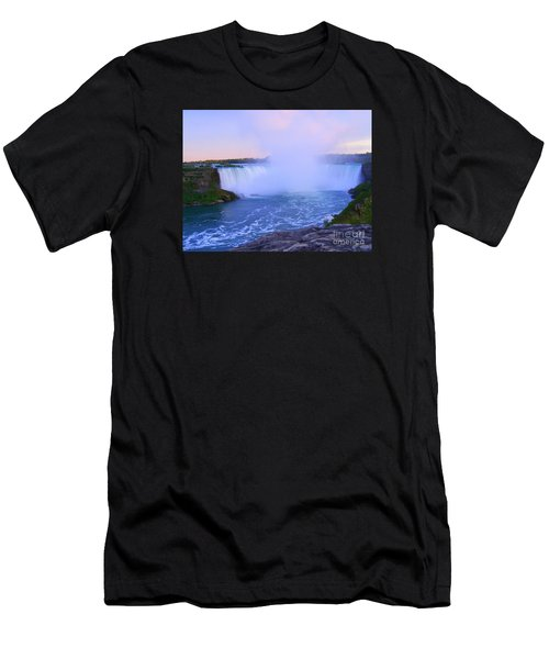 Horseshoe Falls Sunset In The Summer Men's T-Shirt (Athletic Fit)