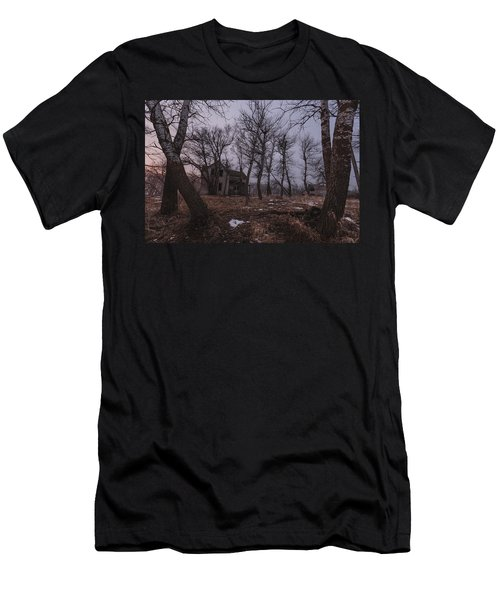 House On Haunted Hill Men's T-Shirt (Athletic Fit)