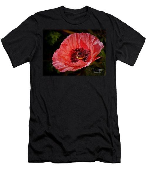 Iceland Poppy Men's T-Shirt (Athletic Fit)