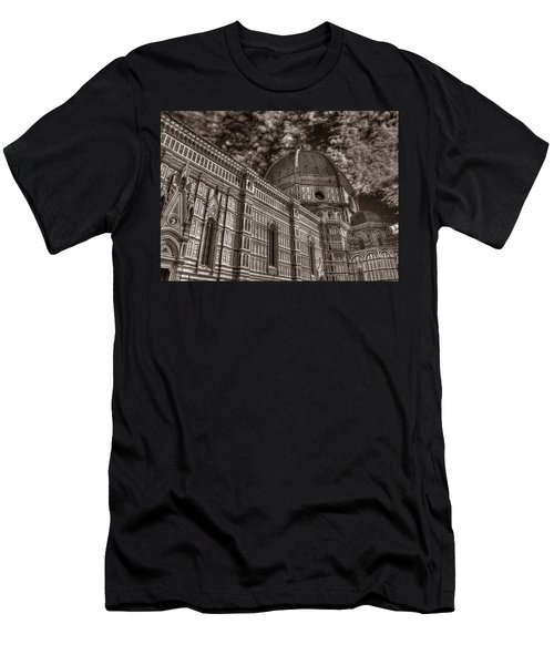 Il Duomo Men's T-Shirt (Athletic Fit)