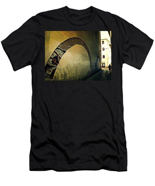 Il Muro  Men's T-Shirt (Athletic Fit)