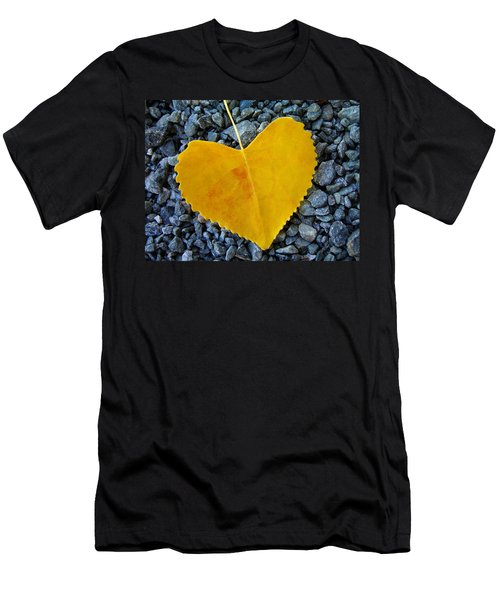 In Love ... Men's T-Shirt (Athletic Fit)