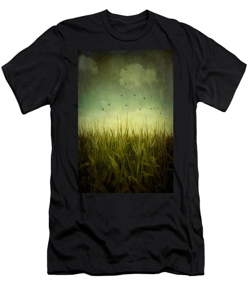 In The Field Men's T-Shirt (Athletic Fit)