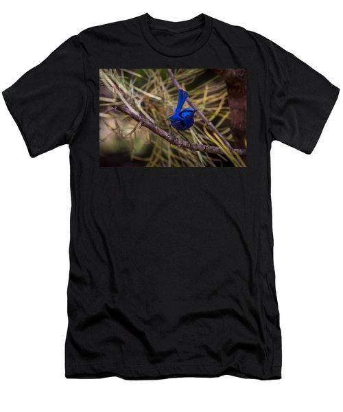 In The Tree Men's T-Shirt (Athletic Fit)