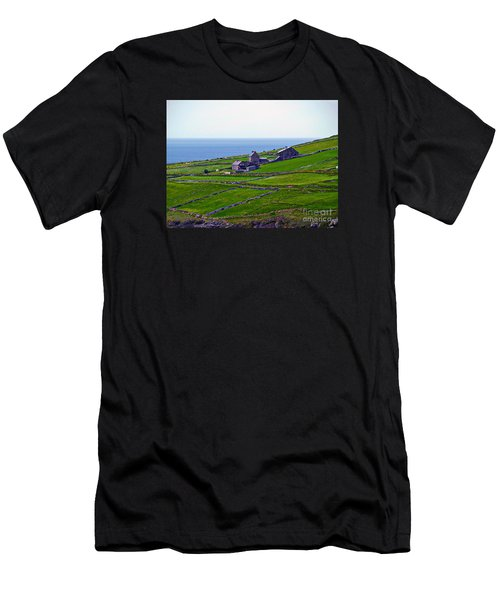 Irish Farm 1 Men's T-Shirt (Athletic Fit)