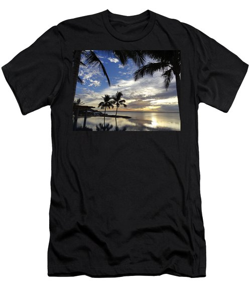 Isla Infinity Men's T-Shirt (Athletic Fit)