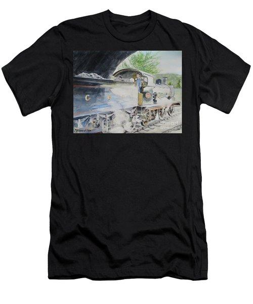 J15 564 Leaving Sheringham Men's T-Shirt (Athletic Fit)