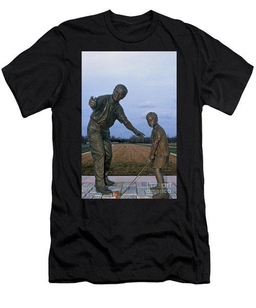 36u-245 Jack Nicklaus Sculpture Photo Men's T-Shirt (Athletic Fit)