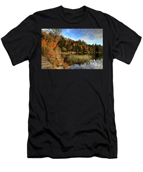 Jamies Pond 2 Men's T-Shirt (Athletic Fit)
