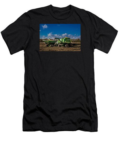 John Deere Combine 9770 Men's T-Shirt (Athletic Fit)